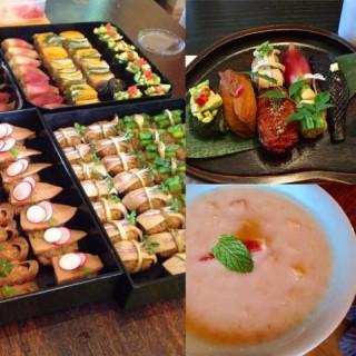 奥秋先生の野菜寿司とフルーツ甘酒