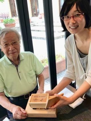永井さんと一緒にHappyBirthdayオルゴールをお渡しした日